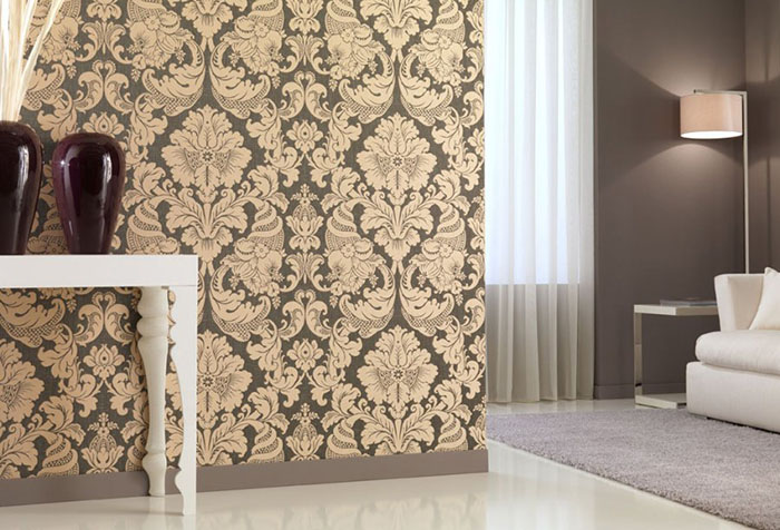 Hardly Anyone Would Come Up With The Choice Of Solid Brown Wallpaper For All Walls And Ceiling Living Room Using Only Primary Color In